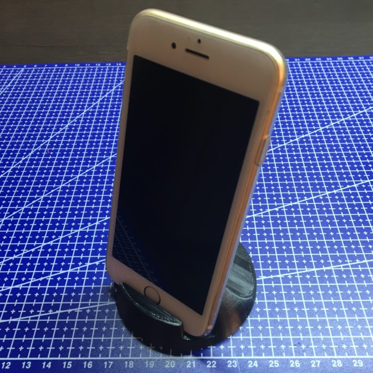 3D печать подставки для телефона