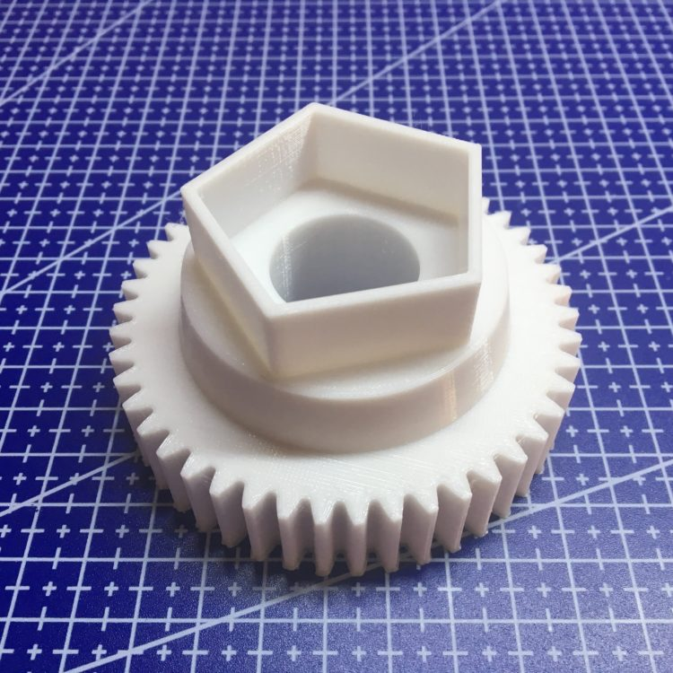 3D печать шестерни паровоза