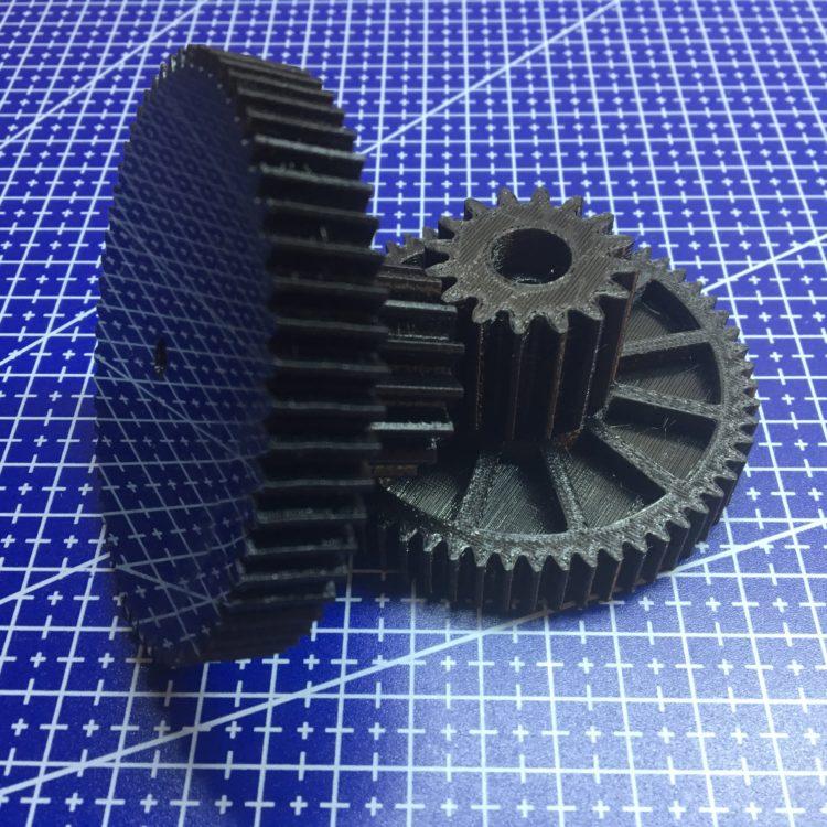 3D печать партии шестерней трансмиссии электромобиля