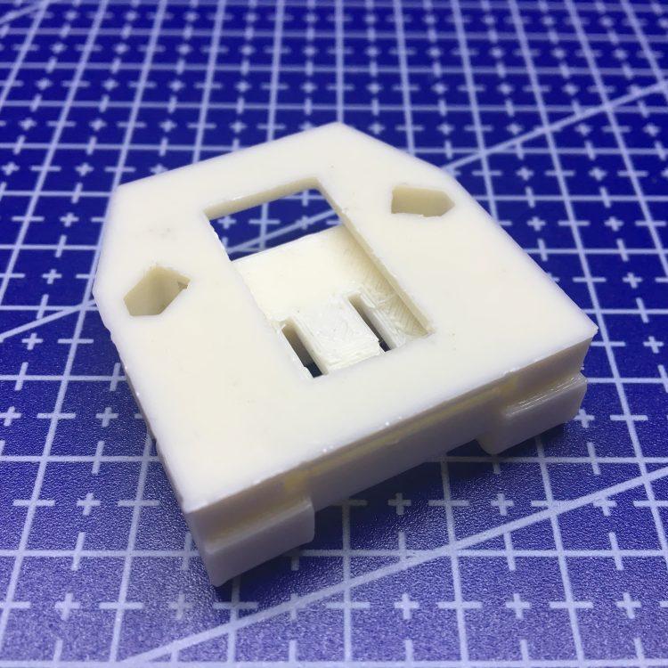 FDM печать кронштейна стеклоподъемника Skoda Fabia