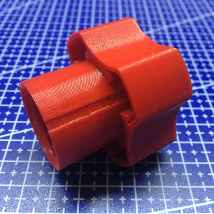FDM печать фиксатора для детской игрушки