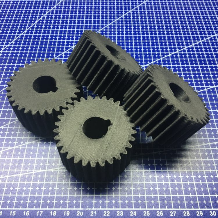 3D печать шестерней производственного конвейера