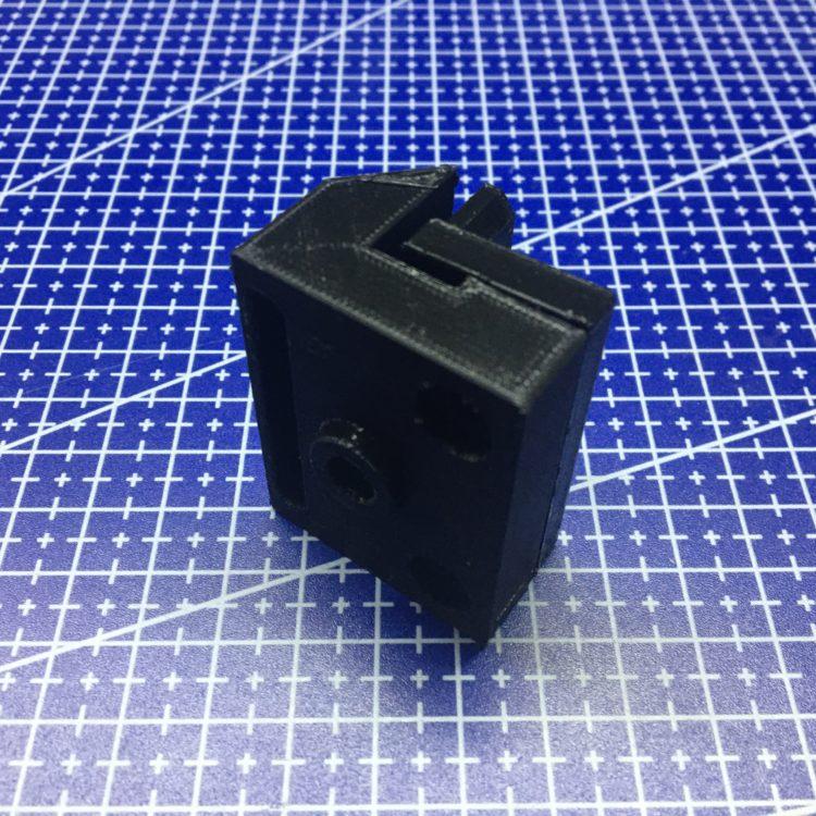 3D печать фиксатора стекла для шкафа